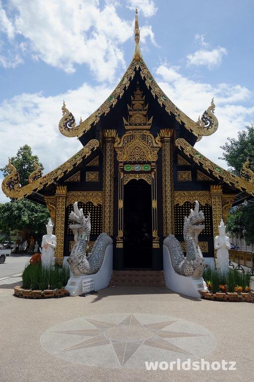 Wat Inthakin Sadue Muang