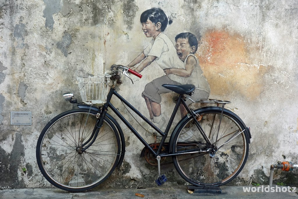 Streetart by Ernest Zacharevic