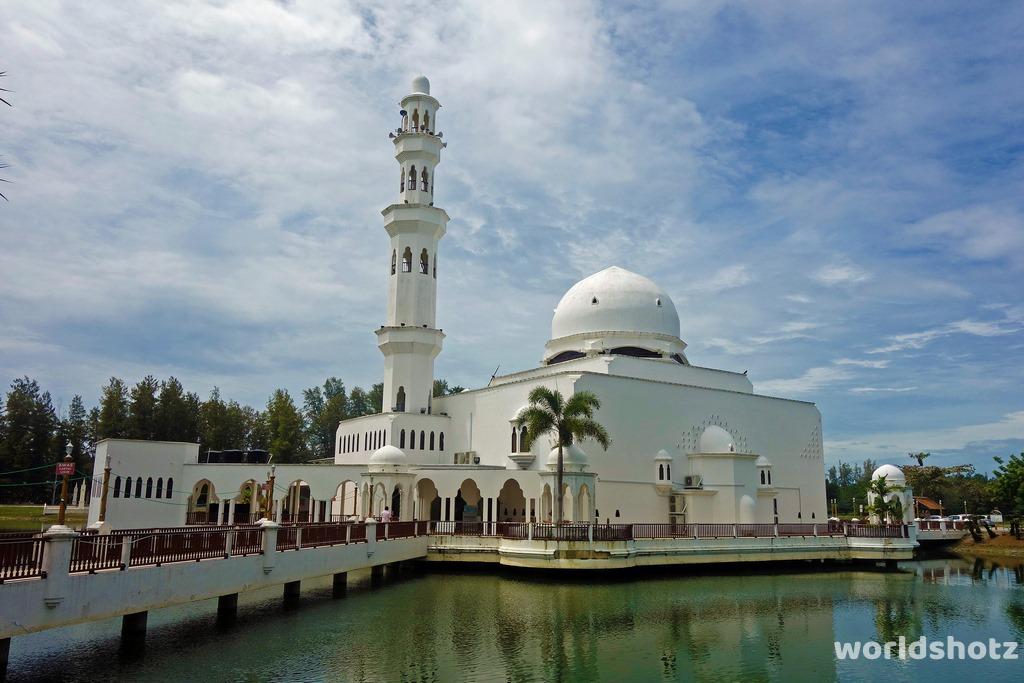 Schwimmende Moschee
